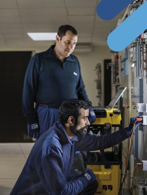 Avec nous le courant passe - Cyril et Walid, techniciens maintenance ASI
